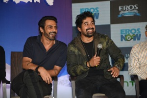 From left to right - Arjun Rampal, Ranvijay Singh Rana