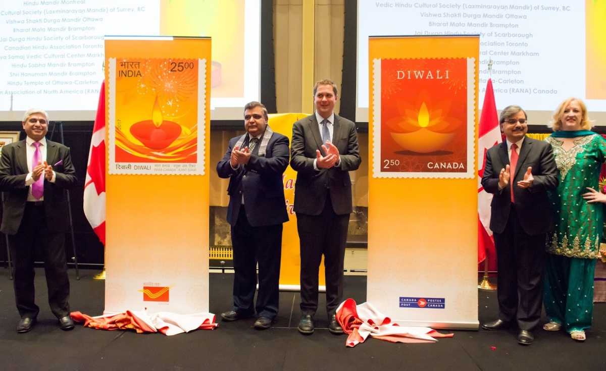 Large crowds join Deepak Obhrai and Parliamentarians at the 17th National Diwali Celebration on Parliament Hill